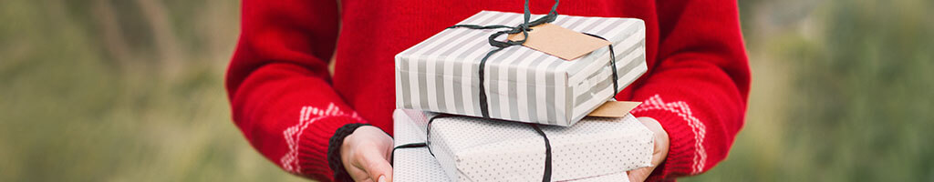 the art of giving present during boxing day and christmas day